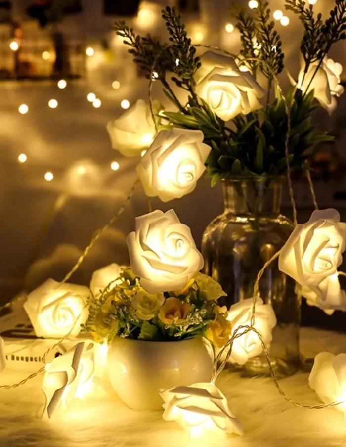 Luz de Navidad guirnalda rosas 3m 20 LEDs a pilas luz cálida